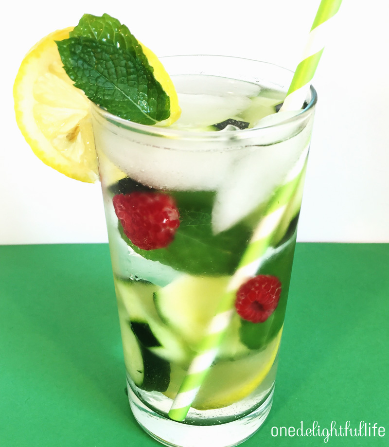cucumber-mint-raspberry-detox-water2