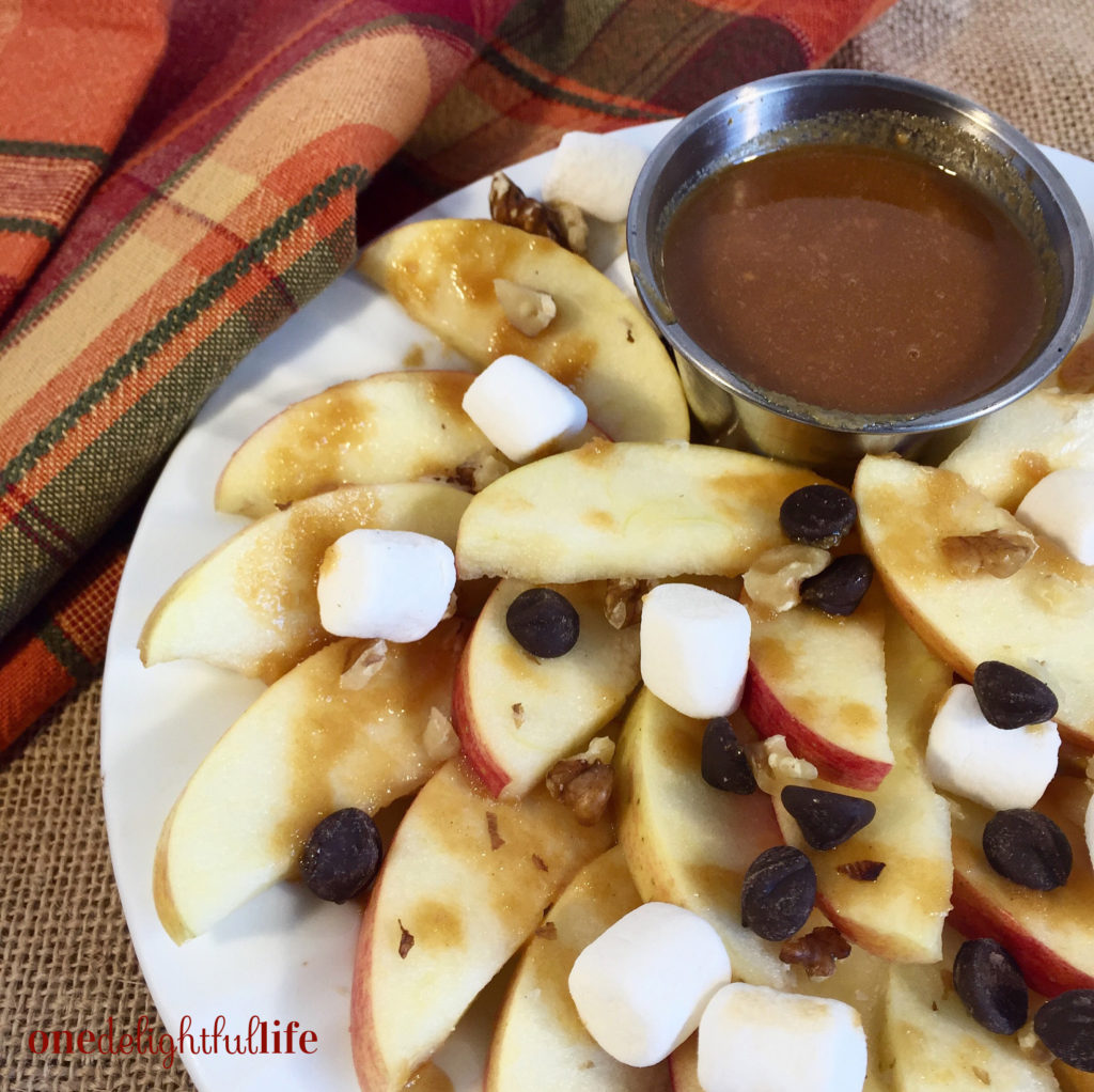 Peanut-Butterscotch Apple Nachos